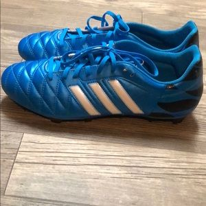 NWOT adidas 11questra Soccer Cleats ⚽️